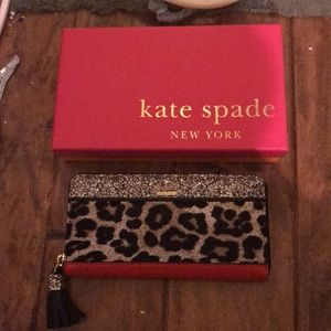 Authentic Kate Spade Wallet with Gift Box
